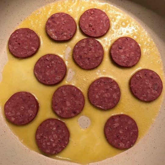 اضافه کردن سوسیس