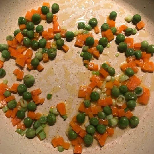 تفت دادن سبزیجات