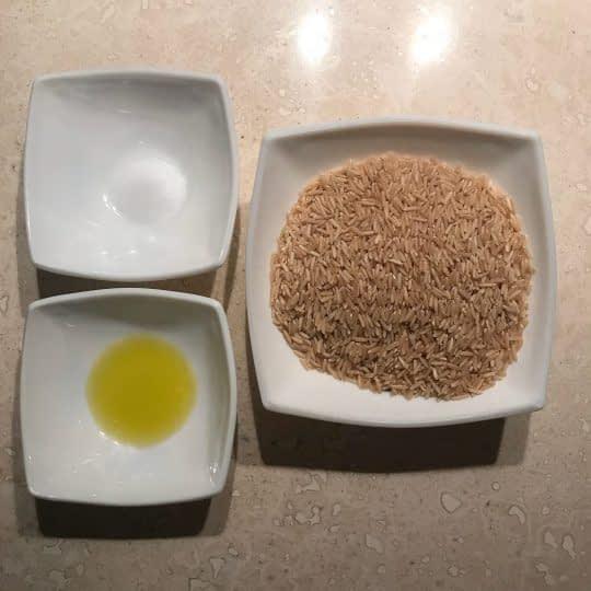 مواد لازم برای پخت برنج قهوه ای