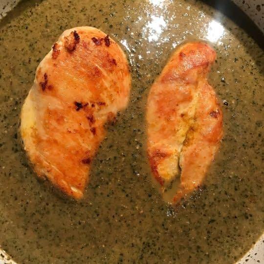 اضافه کردن مرغ سرخ شده
