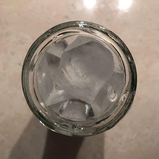 اضافه کردن یخ