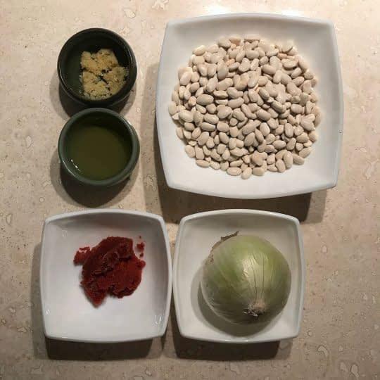 مواد لازم برای تهیه خوراک لوبیا سفید