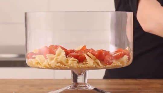 لایه ی پاستا و گوجه