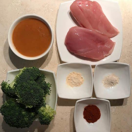 مواد لازم برای تهیه مرغ گریل شده همراه سس اسپانیول