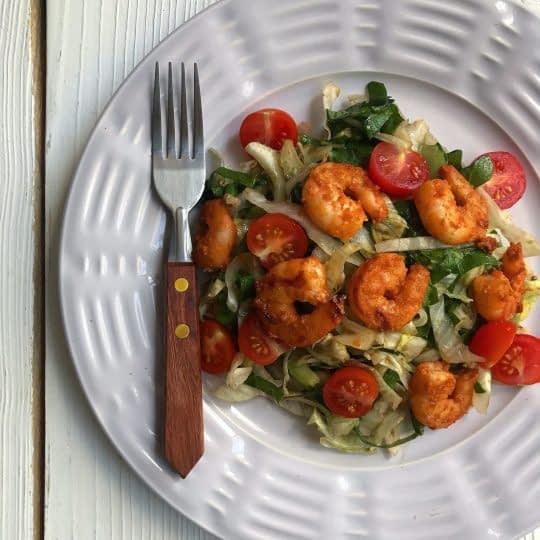 سالاد میگو و سبزیجات