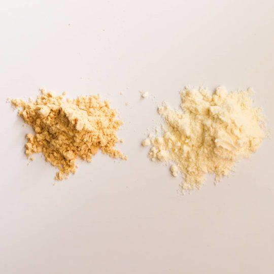 تفاوت رنگ آرد خام و آرد تفت خورده