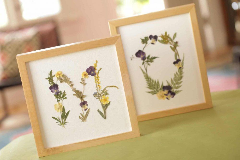 تابلو تزیینی با گل خشک