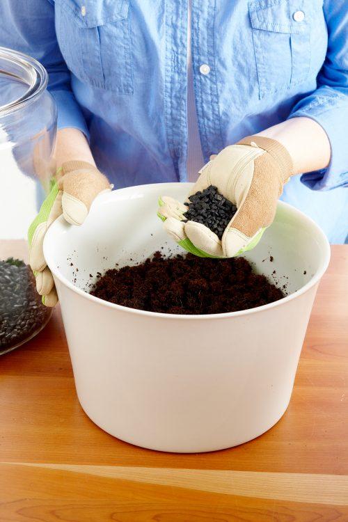 ترکیب ذغال و خاک